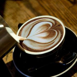 latte_heart.jpg